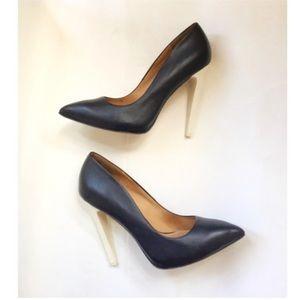 L.A.M.B HYDRA contrast heels pumps Sz 8.5